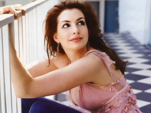 Anne Hathaway, Actress, Celebrity
