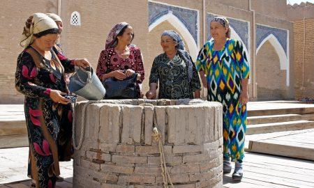 Uzbek women