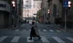 woman-walking-in-china